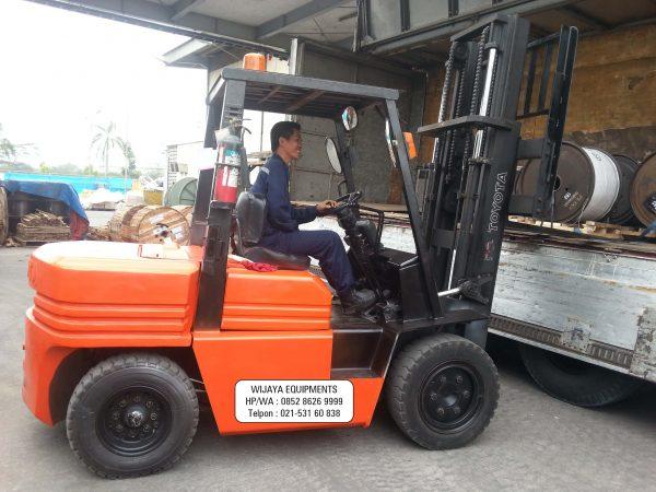 Forklift Toyota 5 Ton