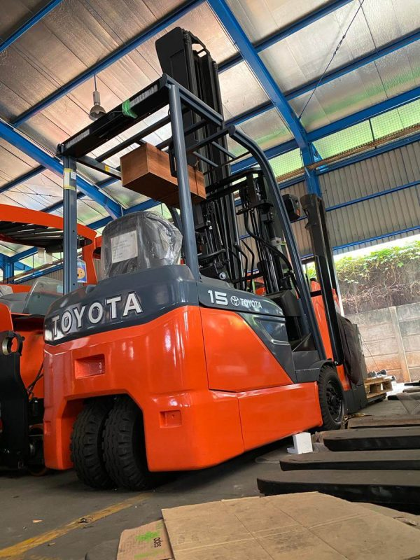 Forklift Electric Toyota 1.5 Ton