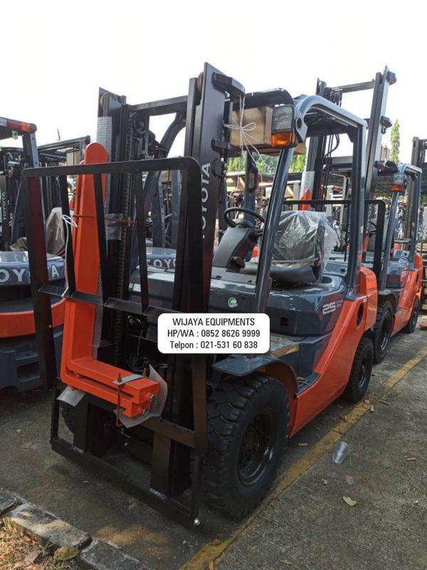 Forklift Toyota 2.5 Ton Terbaru 2021