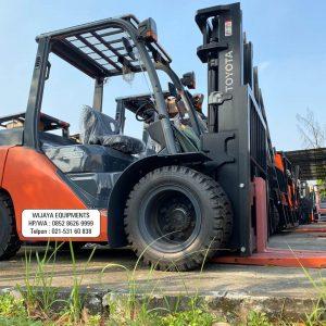 Forklift Toyota 3 Ton Terbaru 2021